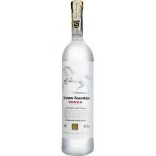 Водка Белая Лошадь 0,7